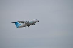 Cobham RJ100 departing ADL