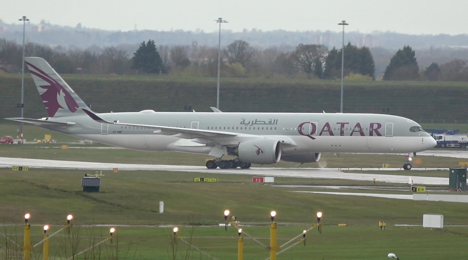 Qatar Airways - A350 - A7-AMF - BHX - 1