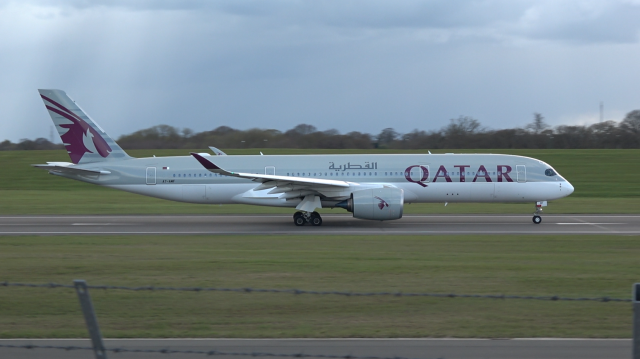 Qatar Airways - A350 - A7-AMF - BHX - 4