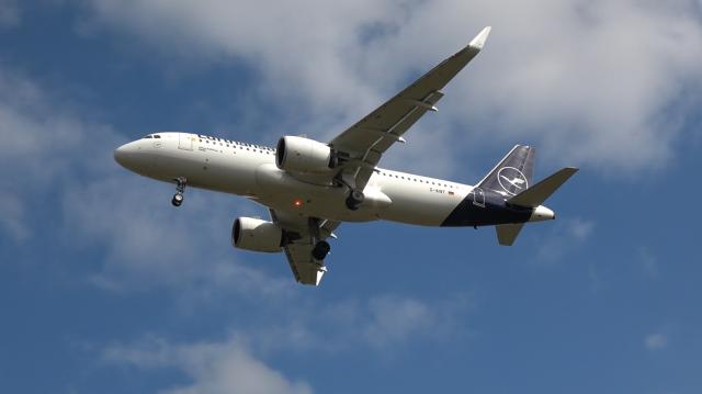 Lufthansa - A320neo - D-AINT - Birmingham Airport