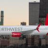 Northwest 737-800